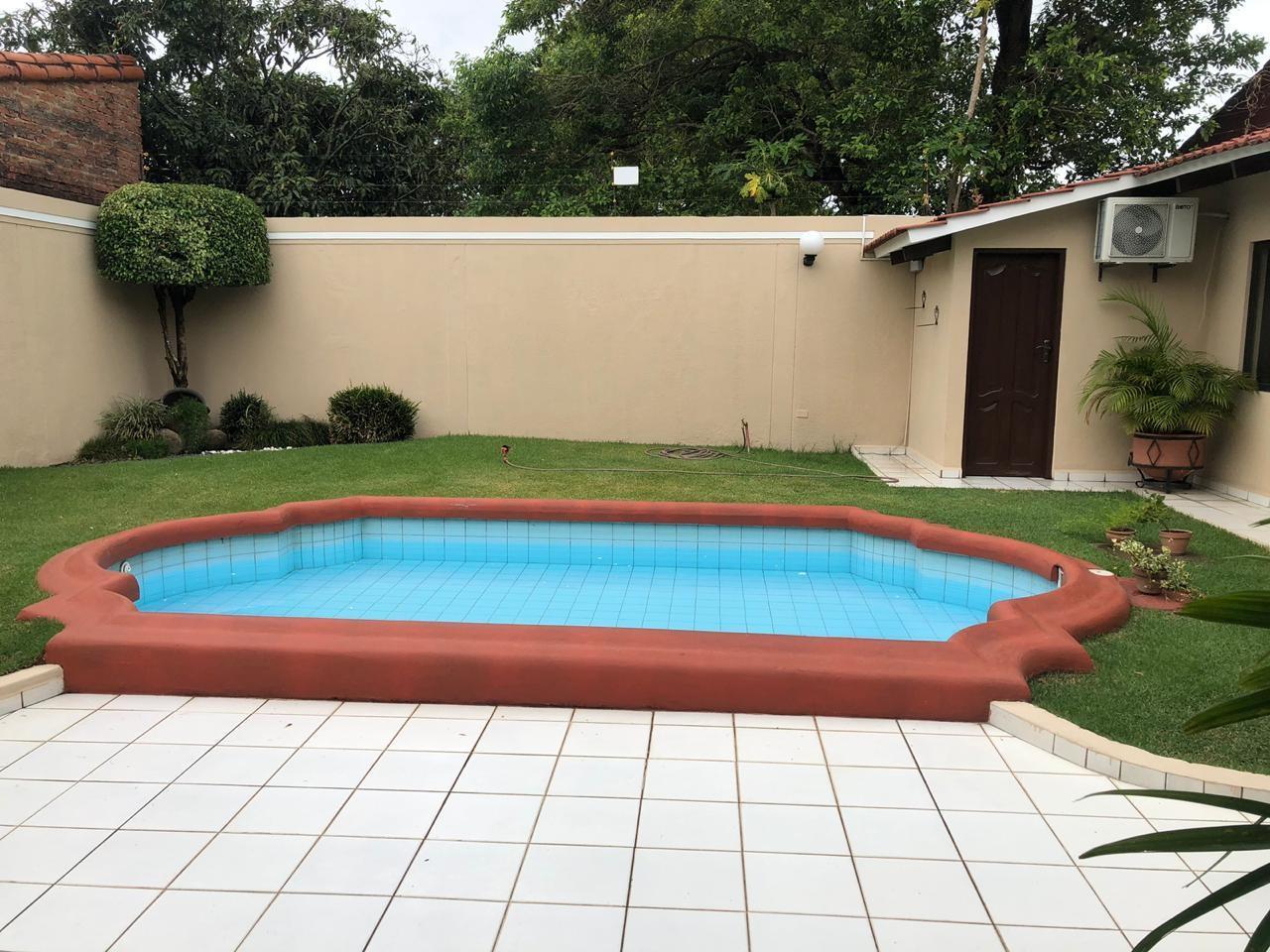 Casa en Venta AV. PIRAY A 2 CUADRAS 4TO ANILLO  Foto 10