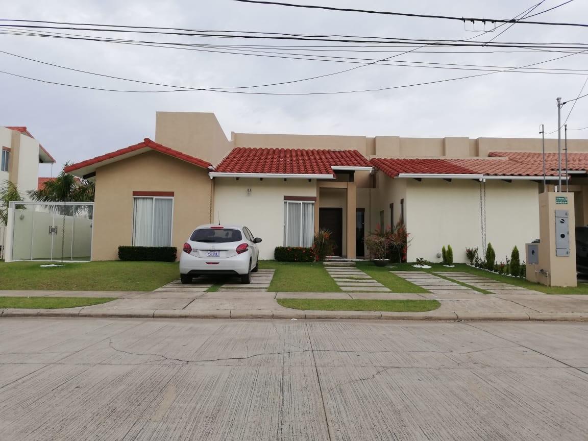 Casa en Venta Condominio Santa Cruz De la Colina Foto 10
