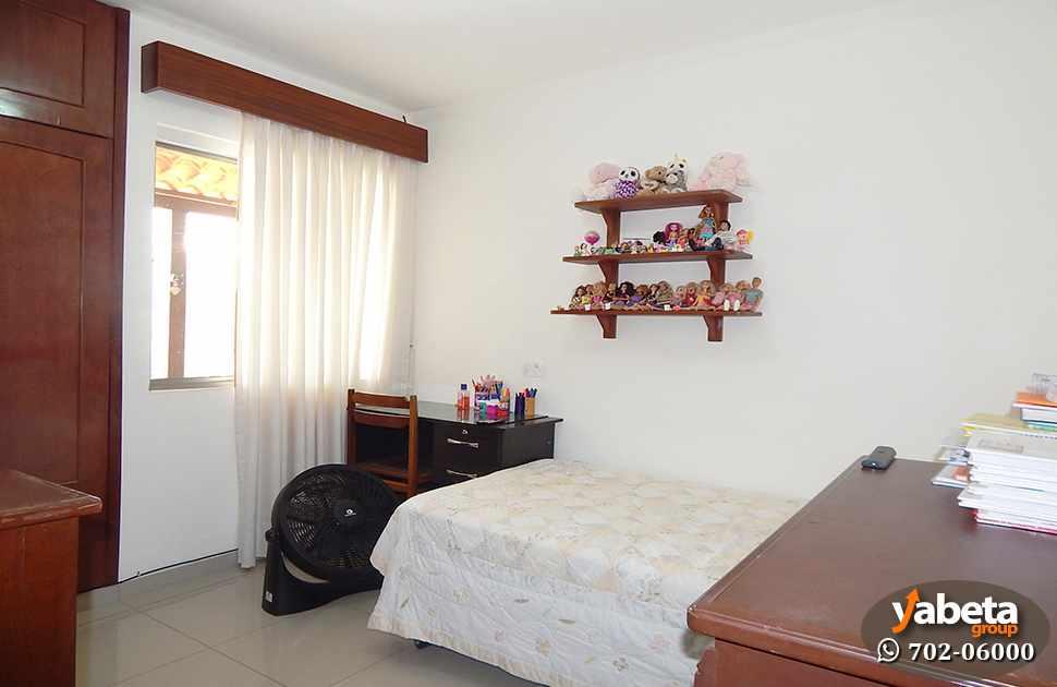 Casa en Venta Casa de 4 Dormitorios Cond. Sevilla Los Jardines Foto 11