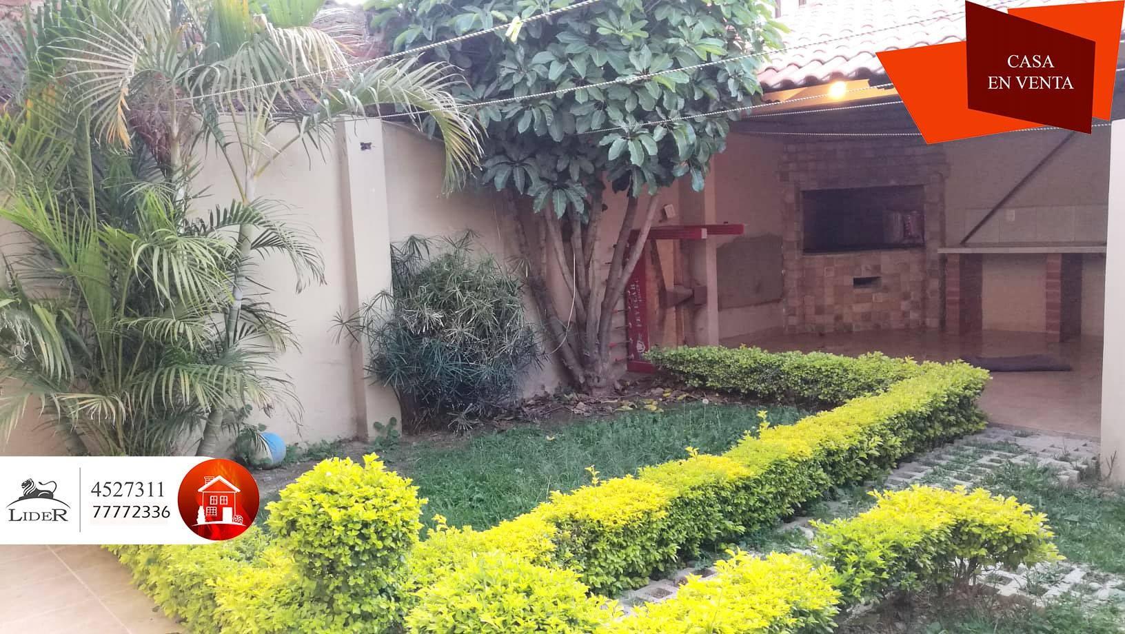 Casa en Venta CHALET PROXIMO AV. AMÉRICA OESTE (BARRIO PROFESIONAL) Foto 4