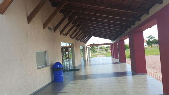 Terreno en Venta Urubo condominio Arelis lado salón de eventos Emperador Foto 3