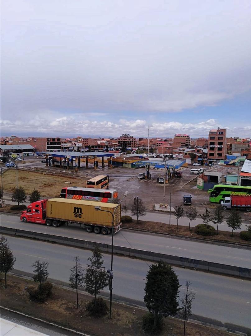 Edificio en Venta Avenida 6 de marzo Nro. 9, Urbanización Villa Rosas Pampa cerca del puente Bolivia. Foto 5