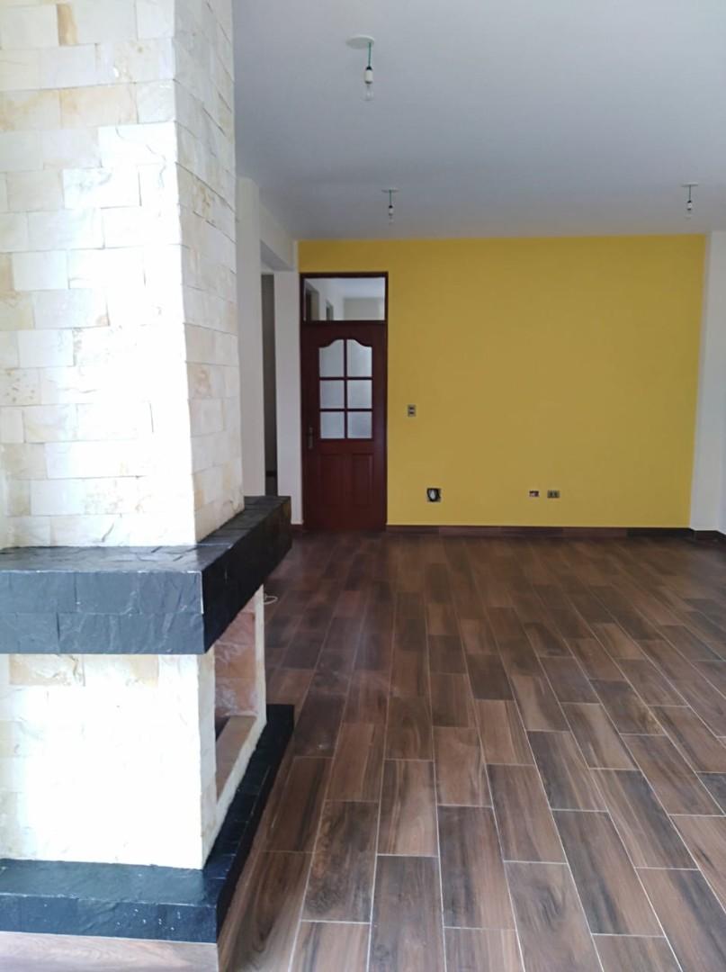 Casa en Venta C. Innominada esq. Av. Aguas Potables Foto 9