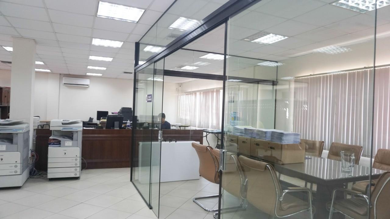 Oficina en Venta C/ Manuel Ignacio Salvatierra entre c/ Potosi y c/ Cochabamba Foto 4