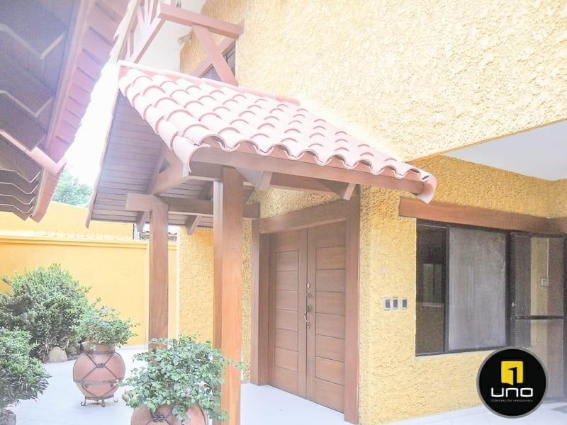 Casa en Alquiler ZONA NORTE, 4TO ANILLO Y CANAL ISUTO IDEAL PARA VIVENDA O EMPRESA Foto 8