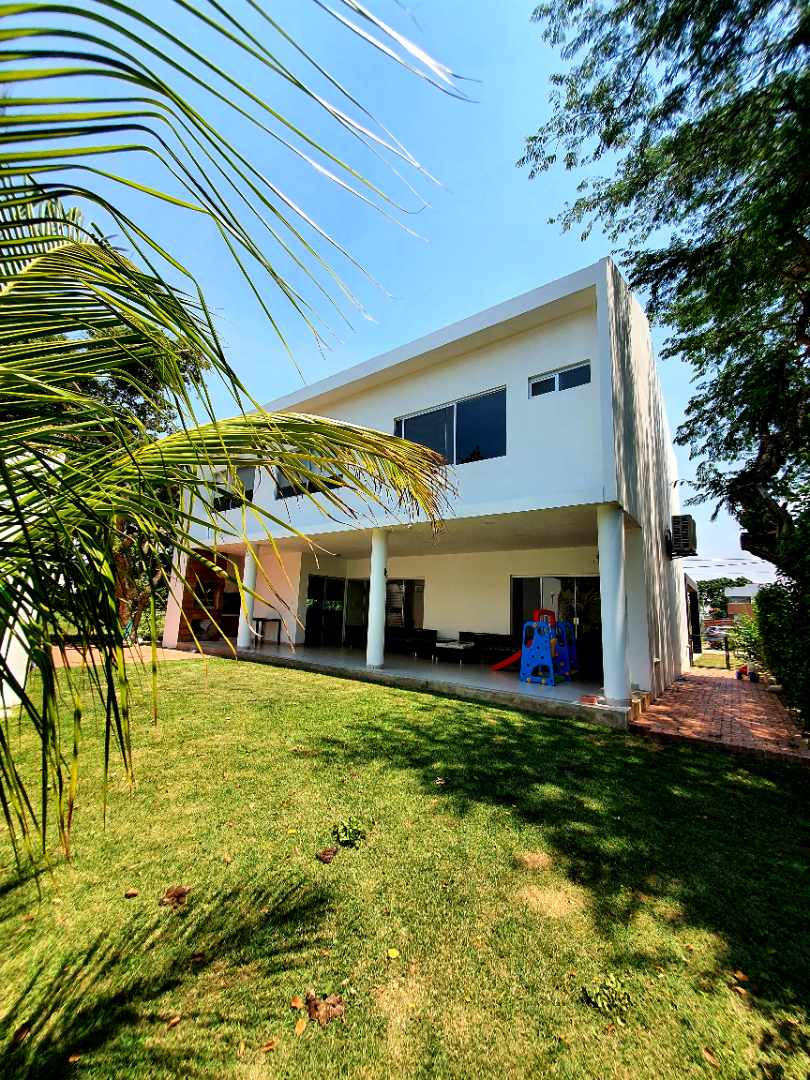 Casa en Venta Urubó - Urbanizacion cerrada Foto 3