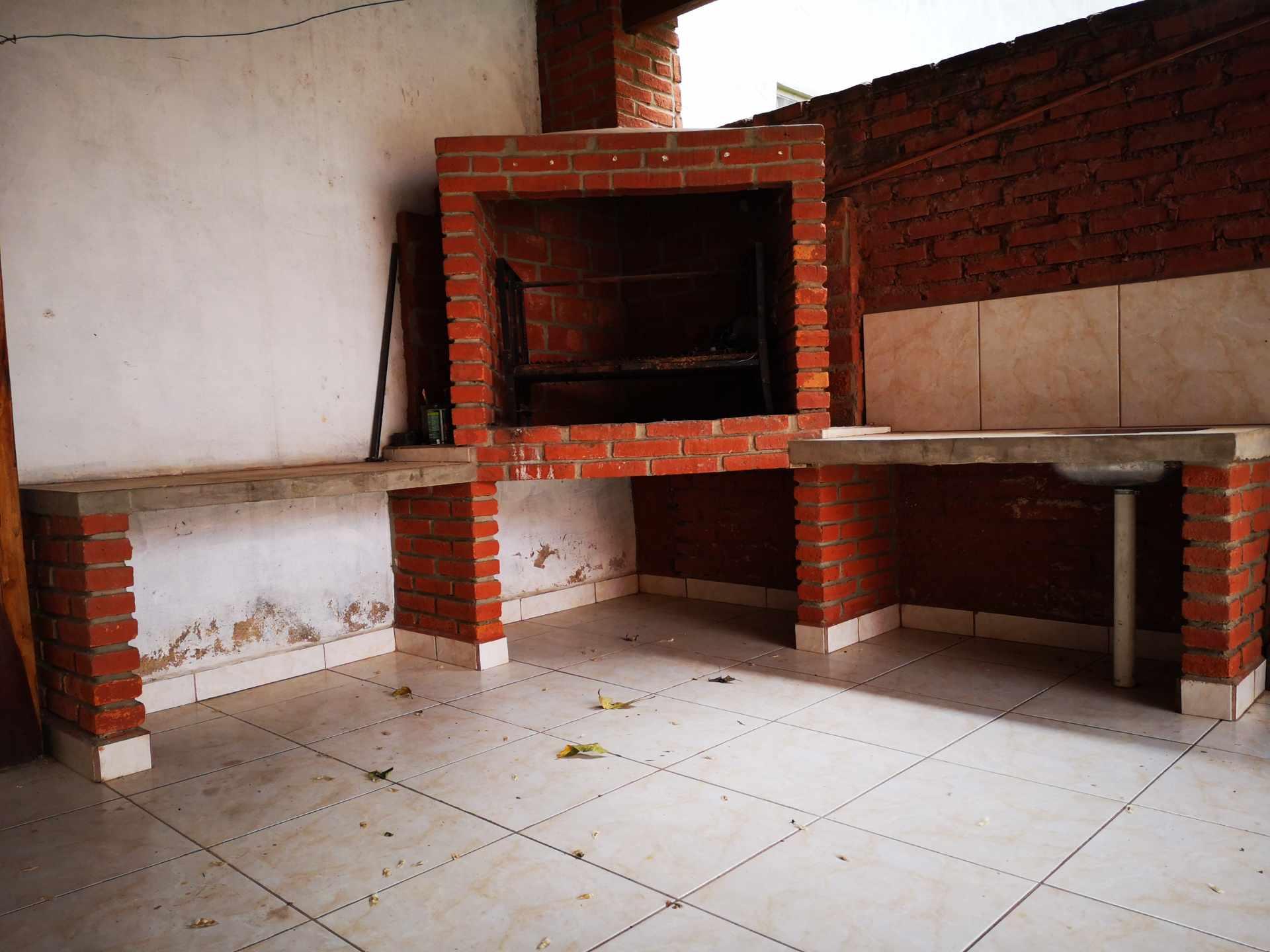 Casa en Alquiler Entre 4to y 5to anilo, entre Radial 10 y Av Sudamericana Calle Asoka Foto 8