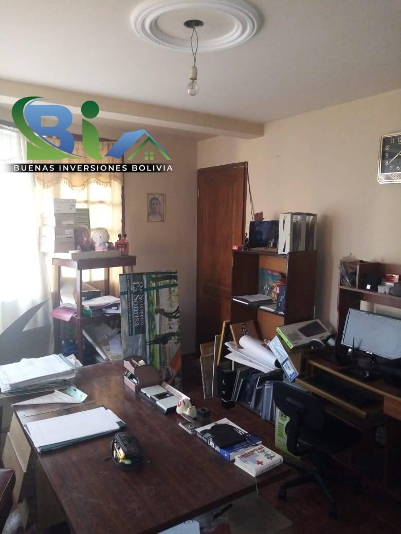 Casa en Venta $us.290.000 CASA EN ESQUINA + TIENDA PROX AV. HEROINAS ZONA SAN PEDRO Foto 11