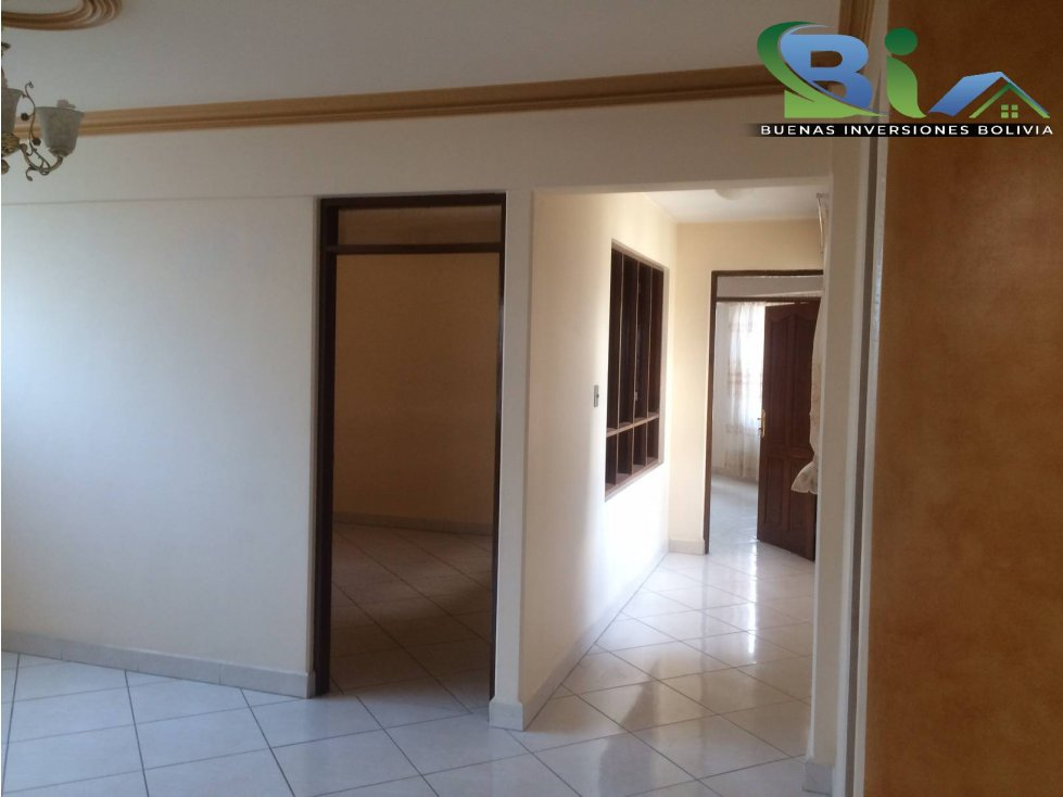 Casa en Alquiler $us1000CASA EMPRESA/FAMILIA PROX PLAZA QUINTANILLA Foto 14
