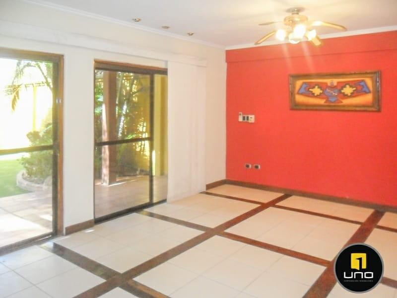 Casa en Alquiler ZONA NORTE, 4TO ANILLO Y CANAL ISUTO IDEAL PARA VIVENDA O EMPRESA Foto 9