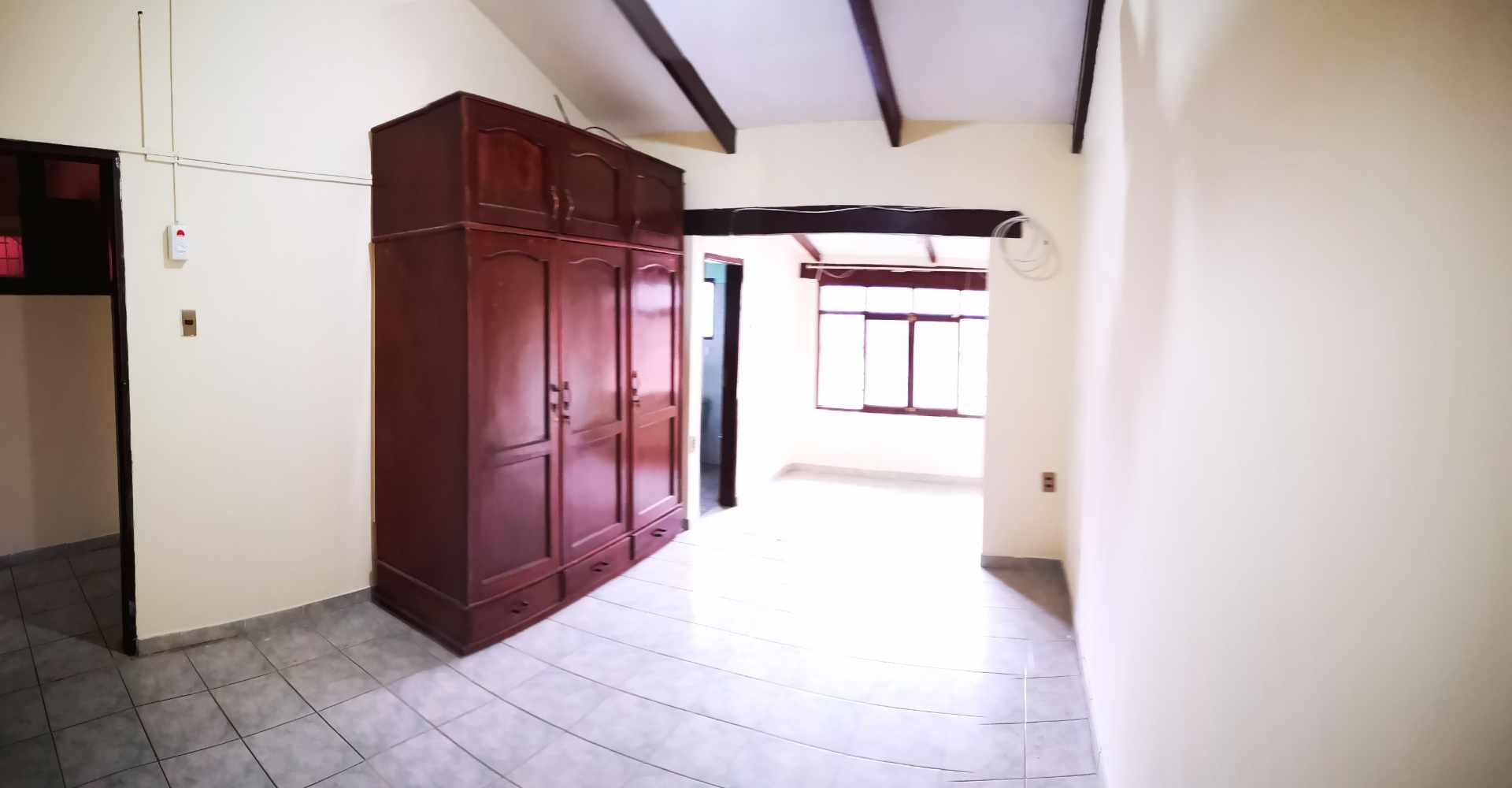 Casa en Alquiler Entre 4to y 5to anilo, entre Radial 10 y Av Sudamericana Calle Asoka Foto 13