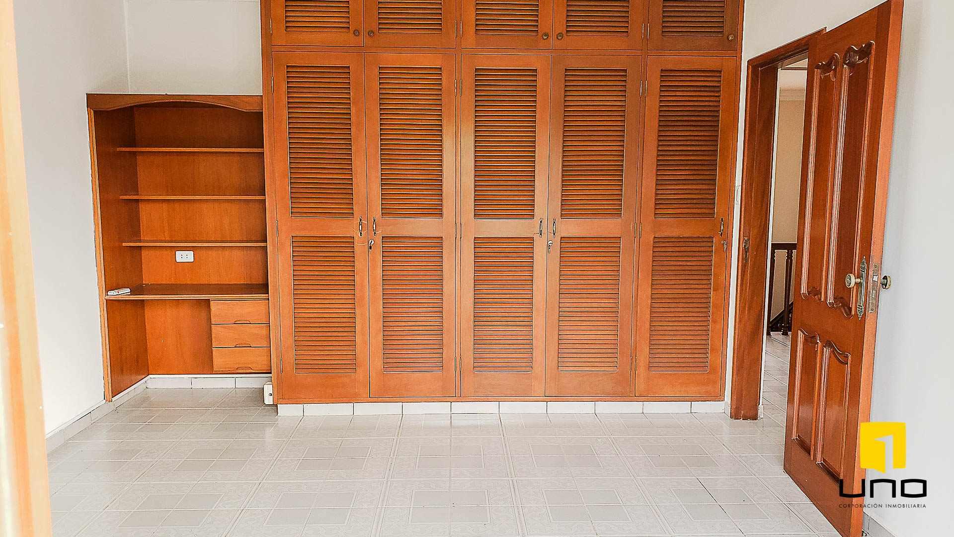 Casa en Alquiler BARRIO EQUIPETROL ALQUILO AMPLIA CASA PARA OFICINAS Foto 4