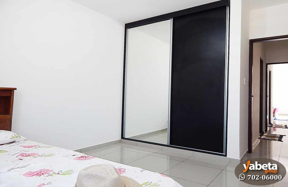 Casa en Venta Casa de 4 Dorm. en Venta en Cond. Sevilla Real Foto 9