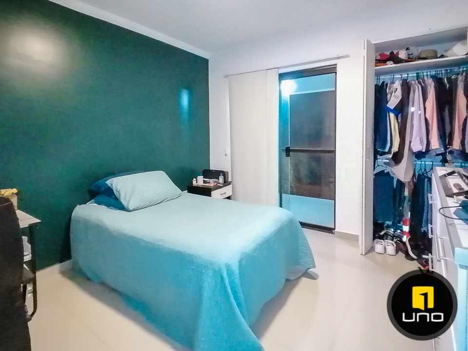 Casa en Alquiler HERMOSA CASA EN CONDOMINIO CIUDAD JARDIN ZONA NORTE AV. BANZER 6TO ANILLO Foto 9