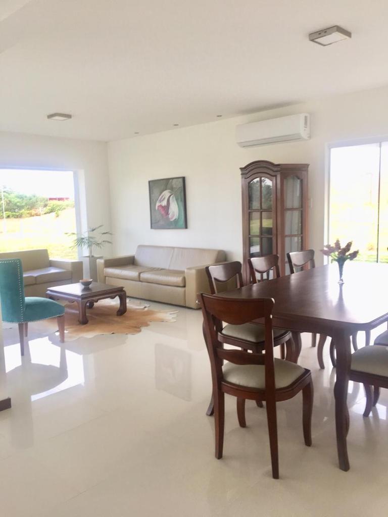 Casa en Venta ¡MODERNA Y AMPLIA CASA EN VENTA EN EL CONDOMINIO CERRADO LOMAS DEL BOSQUE, URUBO! Foto 4