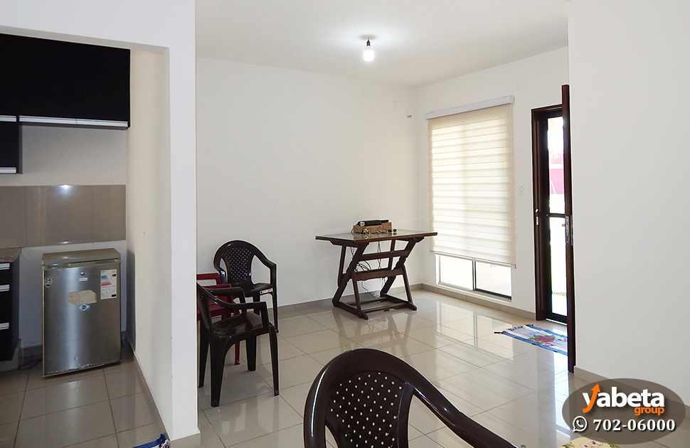 Casa en Venta Casa de 4 Dorm. en Venta en Cond. Sevilla Real Foto 2
