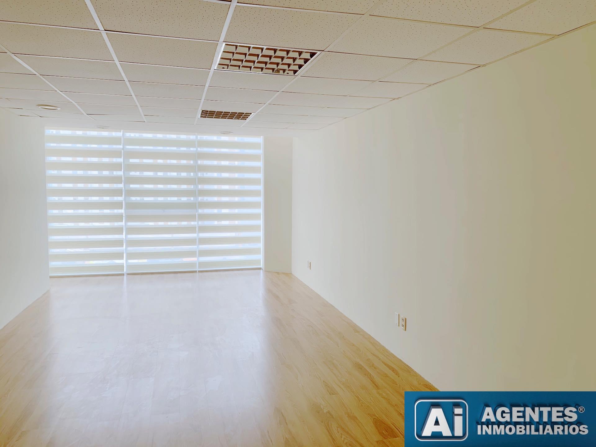 Oficina en Alquiler Av. ARCE Foto 7