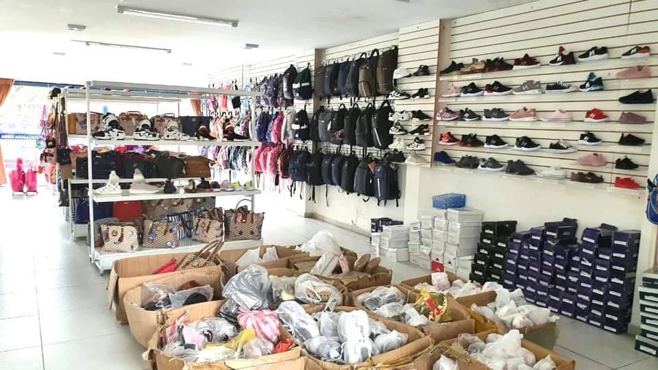 Local comercial en Venta AVENIDA OMAR CHAVEZ Foto 6