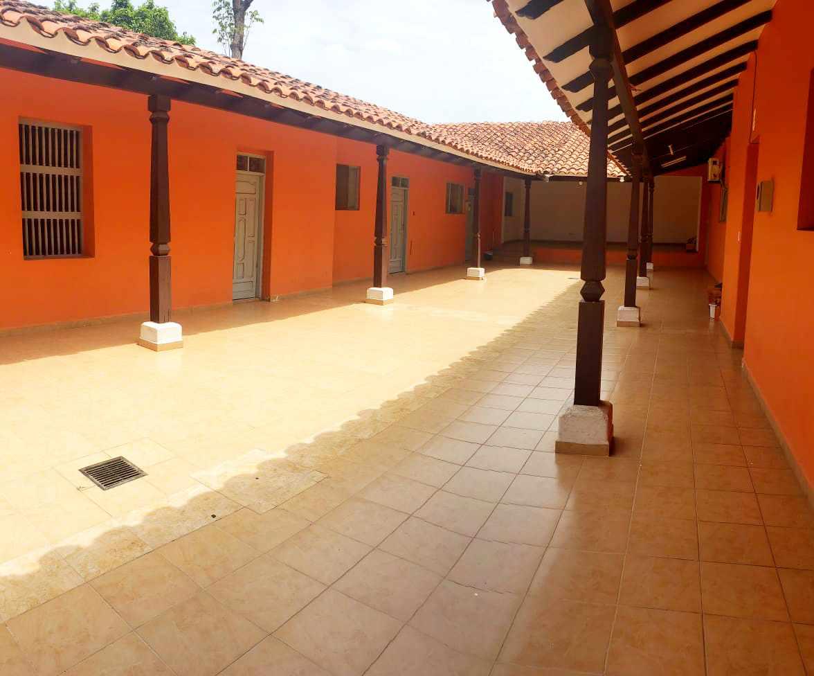 Local comercial en Venta ZONA CENTRAL, CALLE SUCRE ENTRE C/POTOSÍ y C/COCHABAMBA Foto 2