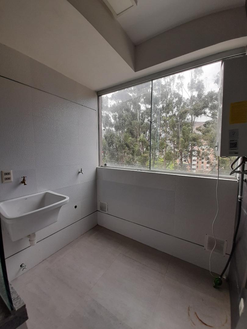 Departamento en Anticretico Calacoto Pinos Norte c25 Foto 5