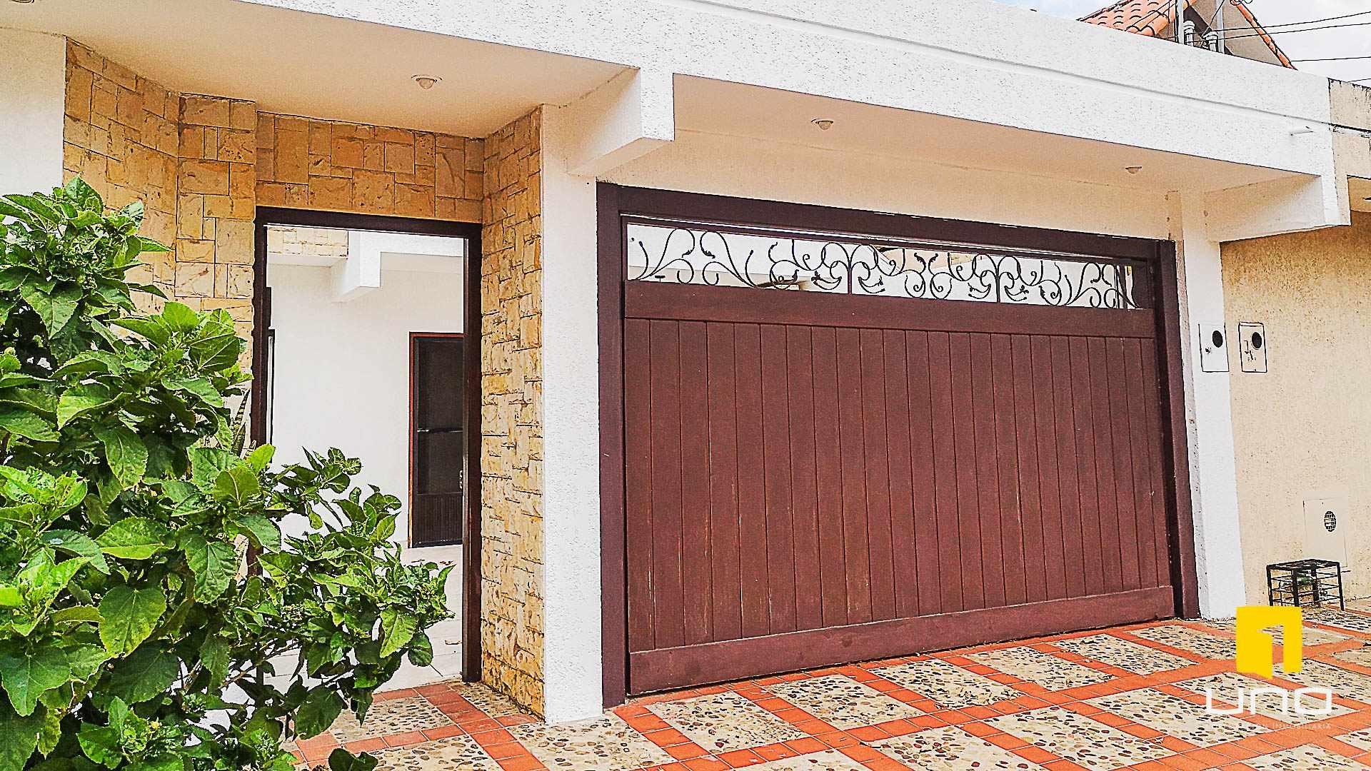 Casa en Venta $us 150.000 VENDO CASA AV ALEMANA DENTRO 3ER ANILLO TIPO DUPLEX Foto 2