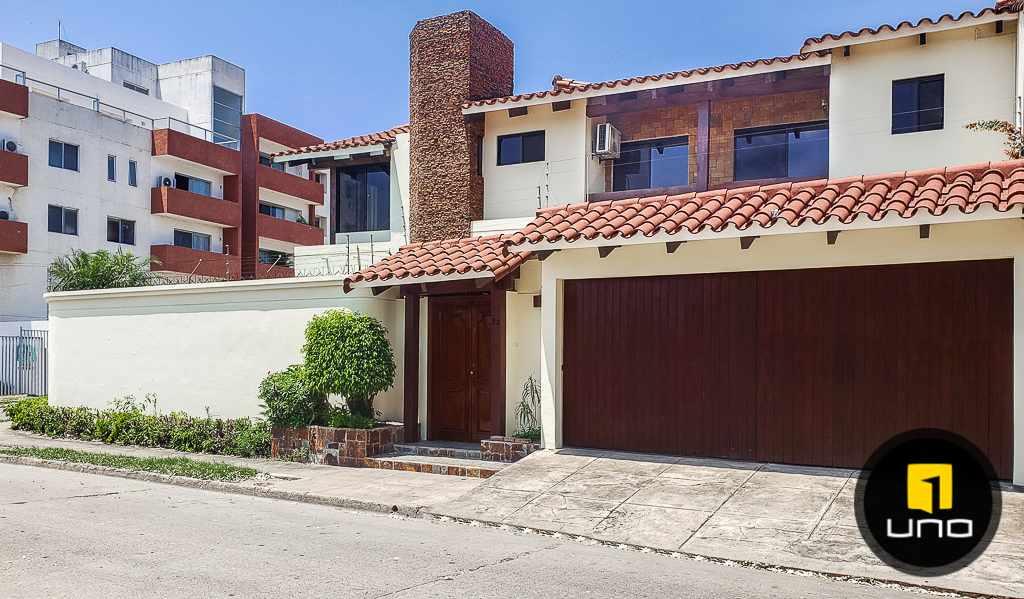 Casa en Venta Hermosa casa en venta en Equipetrol Foto 14