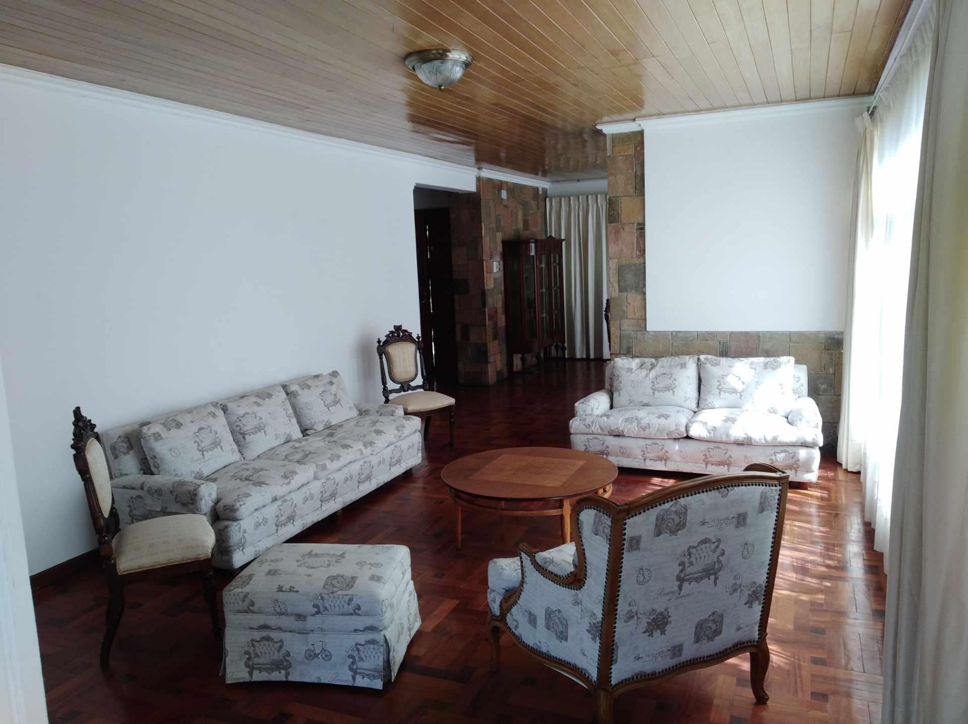 Casa en Alquiler CALACOTO calle 16 a 1/2 cuadra de la Av. Julio C. Patiño.  Foto 15