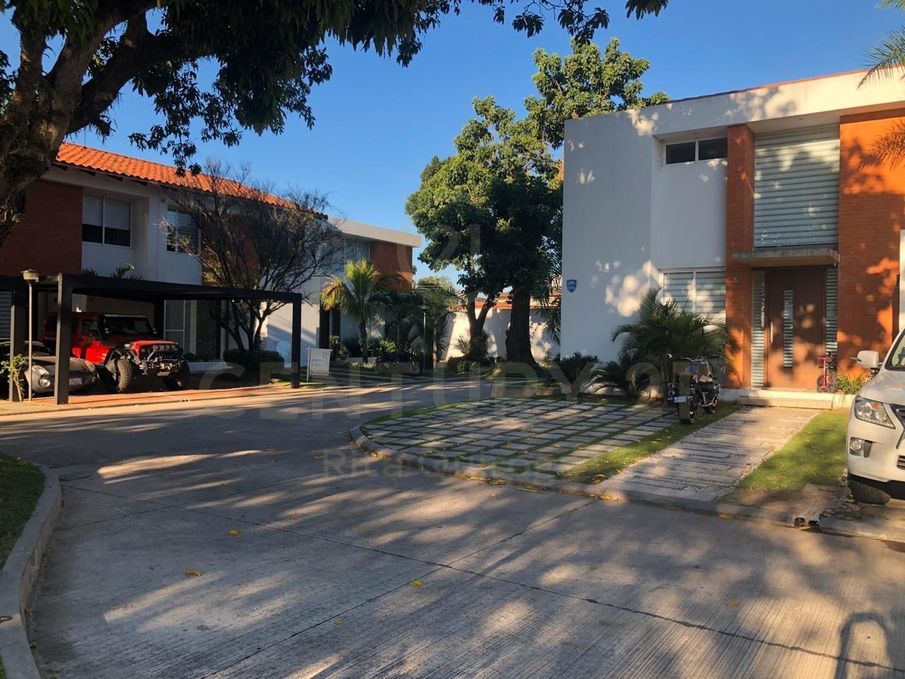 Casa en Alquiler Zona Norte,Radial 27, 4to. Anillo Foto 10
