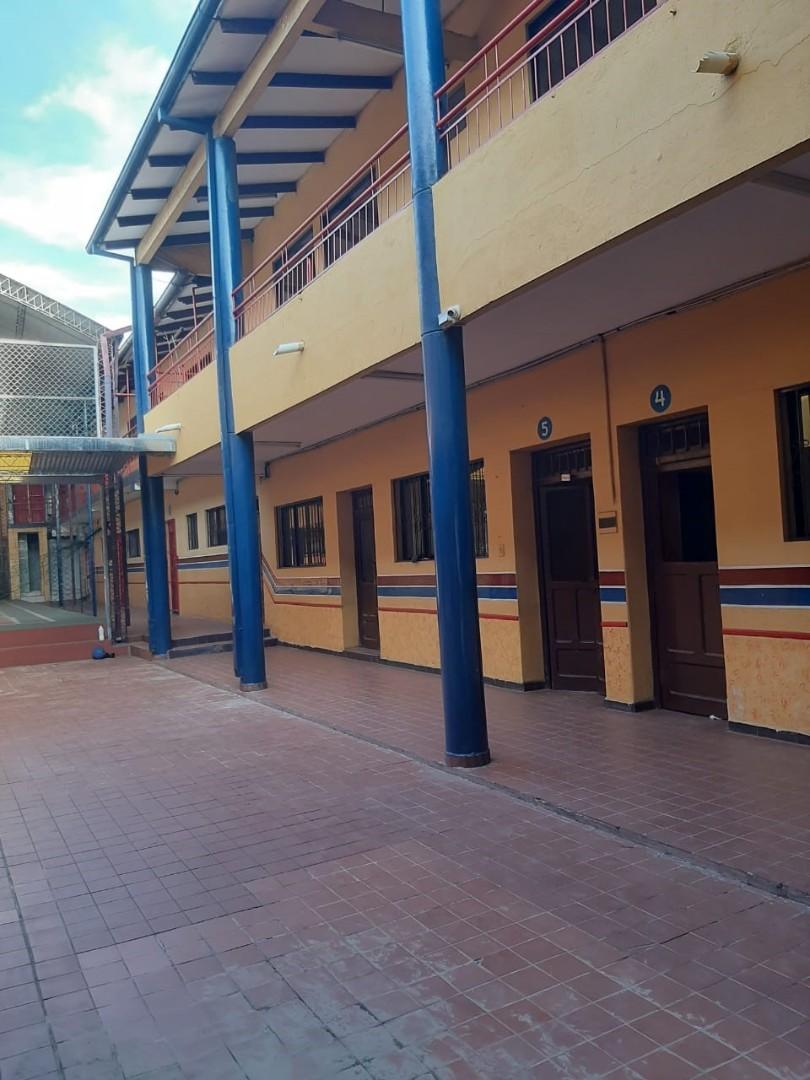 Local comercial en Venta 1ER ANILLO OMAR CHAVEZ DIAGONAL A LA RAMADA  Foto 18