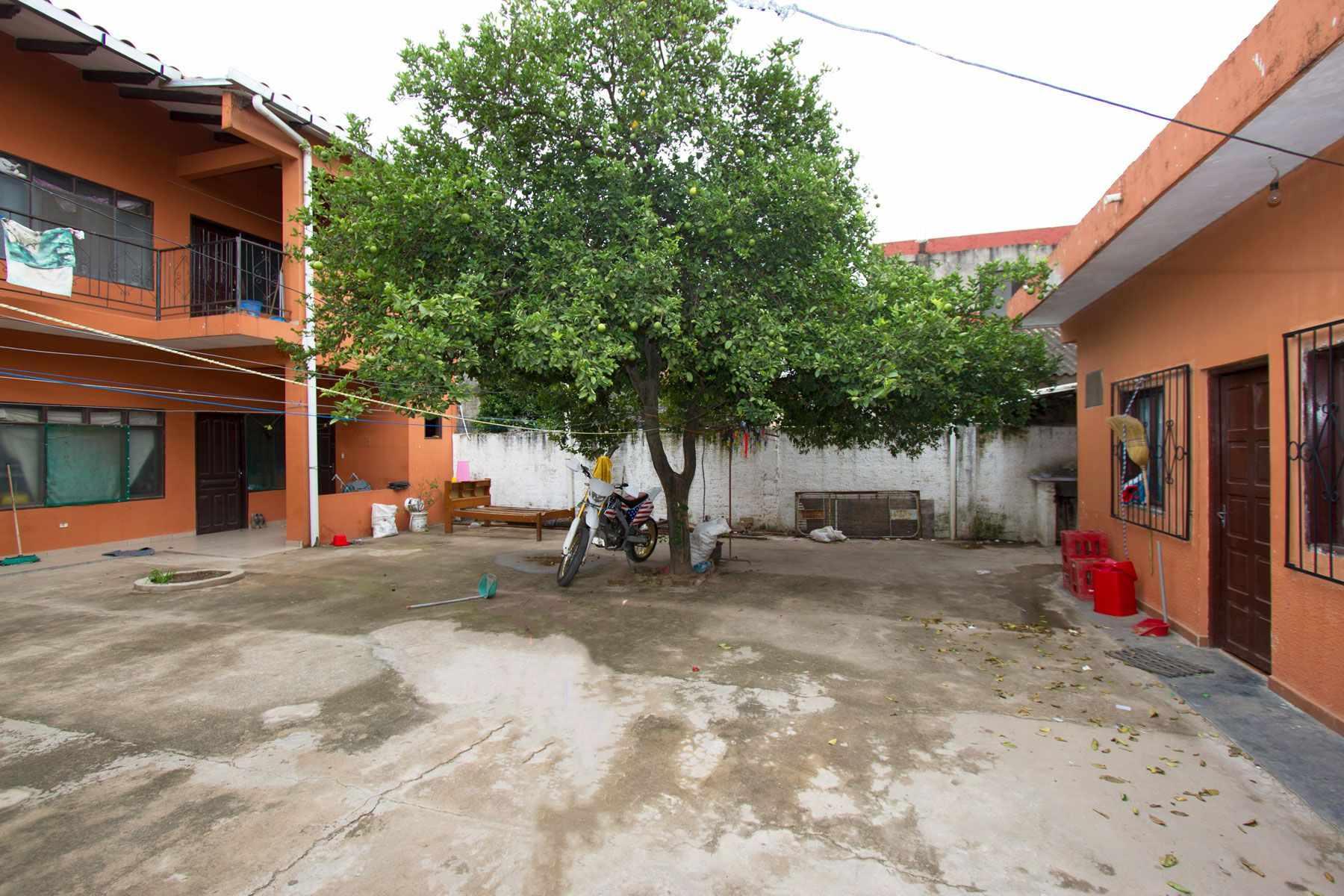 Casa en Venta CASA PARA NEGOCIO BARRIO LAS PAMPITAS Foto 3