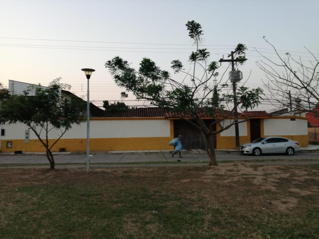 Casa en Venta AV. PIRAI 3ER ANILLO EXTERNO  Foto 9